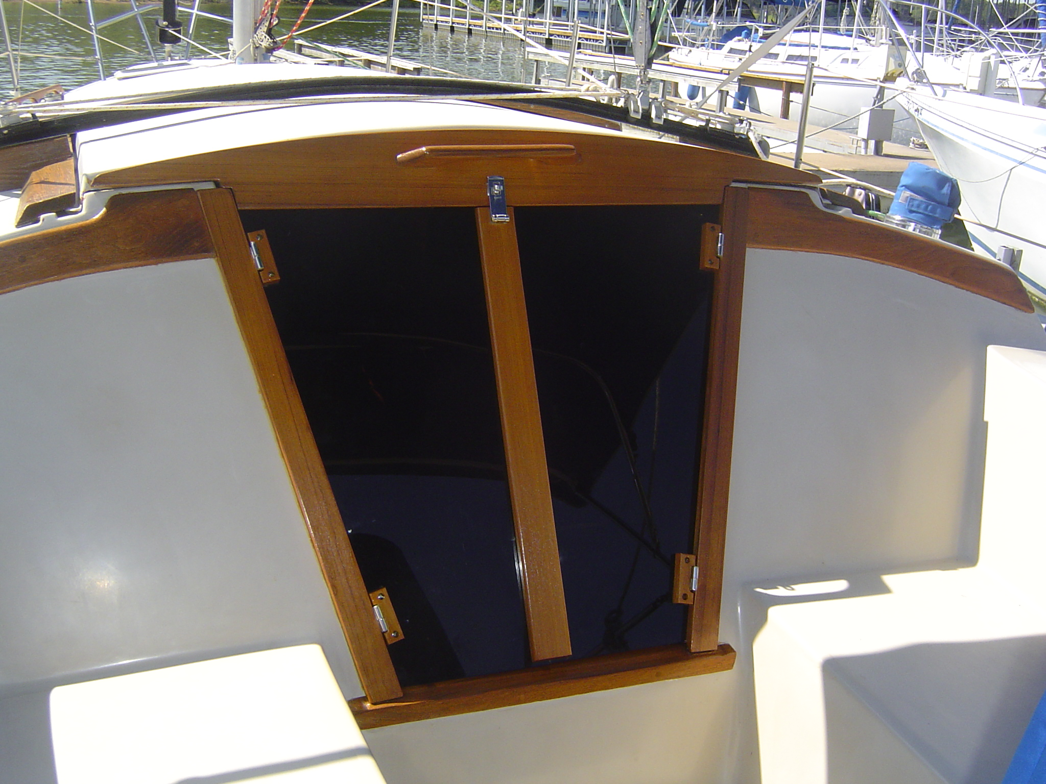 Cruising Concepts 187 Annapolis Boat Show